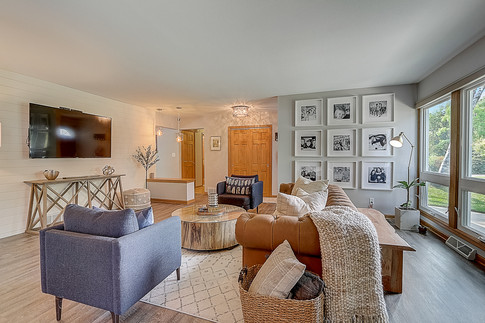Staging by Style Space