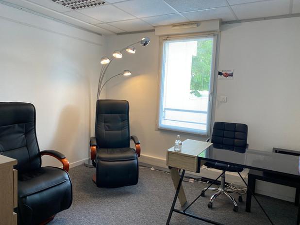bureau, location.athénée, nantes, psychologie, naturopathie, coach, kiné, medecine chinoise, massage