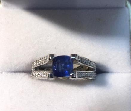 14K Gold 4ct Sapphire .75ctw Diamond Ring