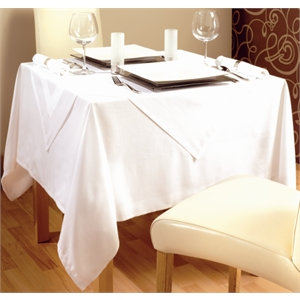 Chipping Norton Event Hire | Oxfordshire | Square Linen Table Cloth Hire