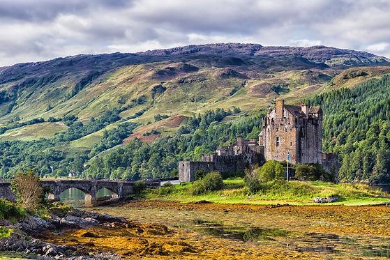 Eilean Donan Castle, Loch Duid, Highlands, Scotland, United Kingdom.jpg
