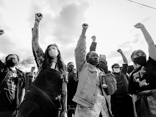 [Photos] April 18: Black and Yellow: Asian Solidarity Rally, Dedicated to Daunte Wright