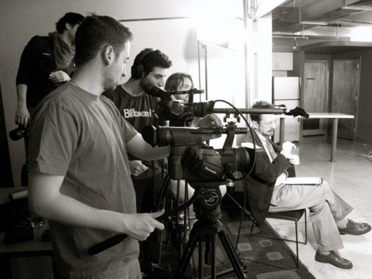 Backstage-Interview Emilio-Insolera Deaf-actor