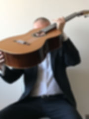 Photo by Fabio Montomoli with guitar for advertising