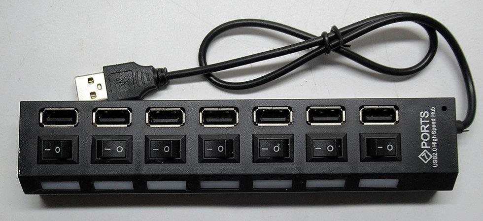 מפצל USB ל - 7 יציאות עם מפסקים