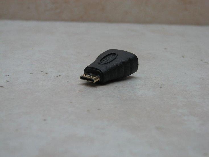 מתאם מ HDMI נ. למיני HDMI  ז.