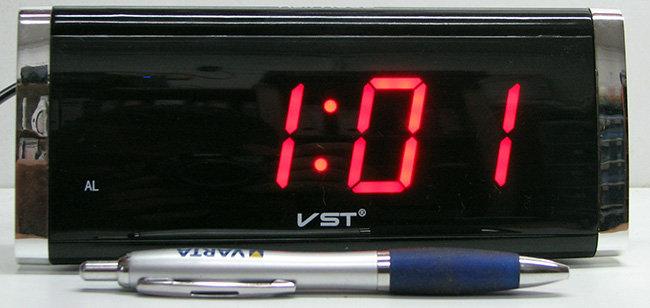 שעון חשמלי ספרות 1.5 אינץ