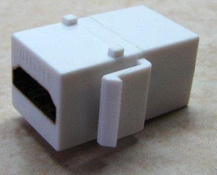 מתאם HDMI קיסטון
