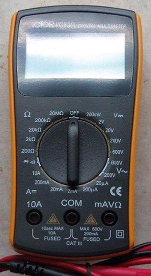 רב מודד קומפקטי 10A MM830