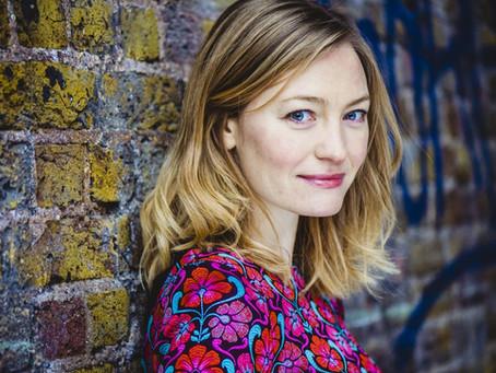 A tündérmesék tönkreteszik a nőket – Interjú Holly Smale-lel