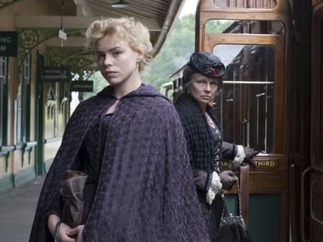Véres viktoriánus regény, kőkemény csajhőssel, Philip Pullmantól: Yes, please!