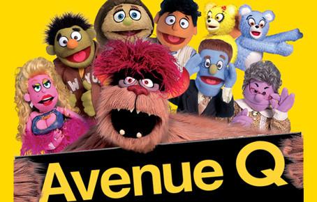 A mi utcánk girbegurba: Avenue Q a Centrál színházban