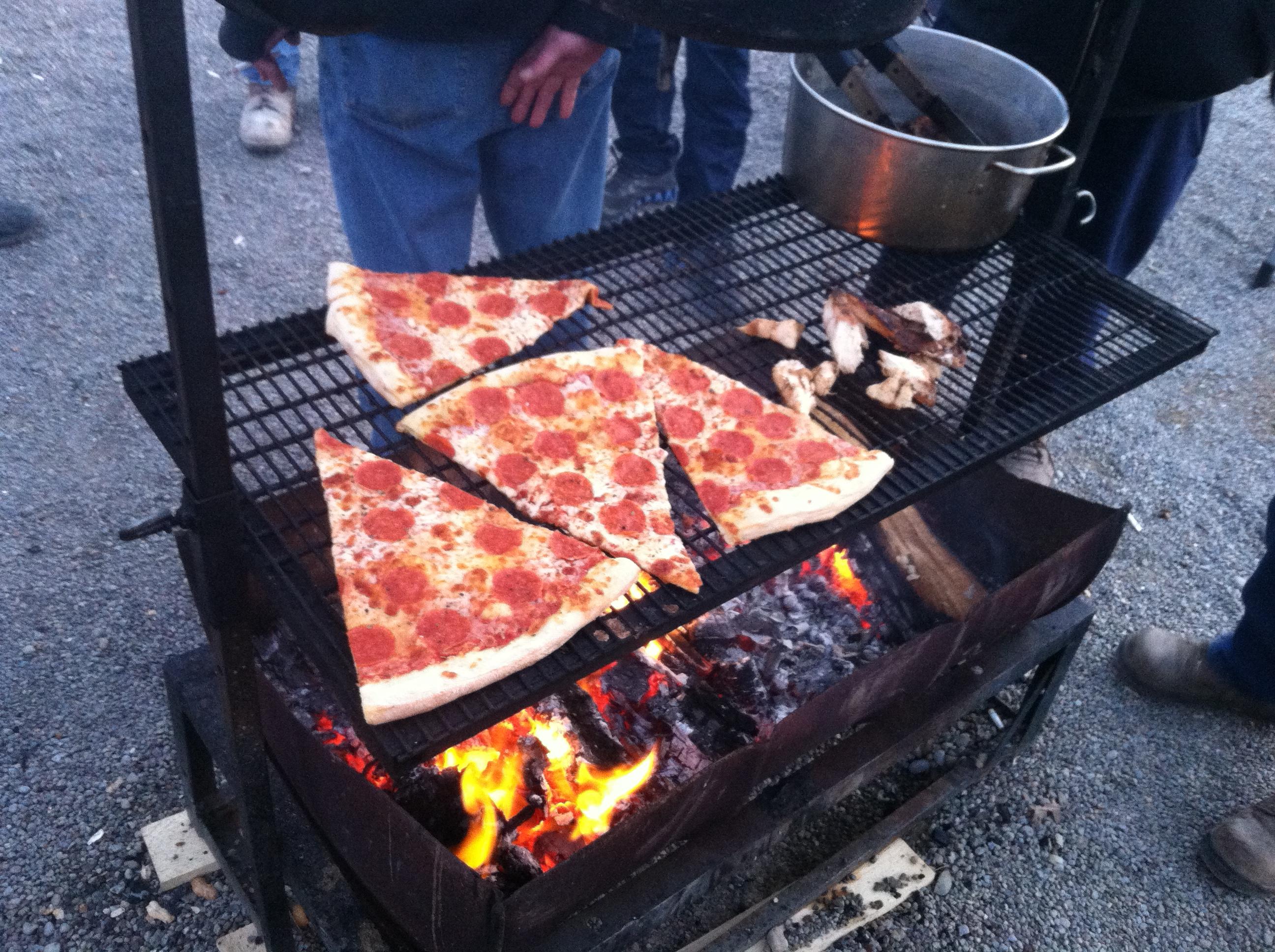 BBQ Pizza Pit