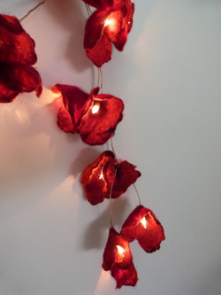 Piros lámpafüzér