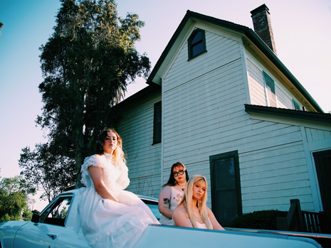 THE AQUADOLLS officially sign with ENCI Records!