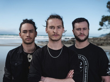 PROFILE : Discover ALIEN WEAPONRY !