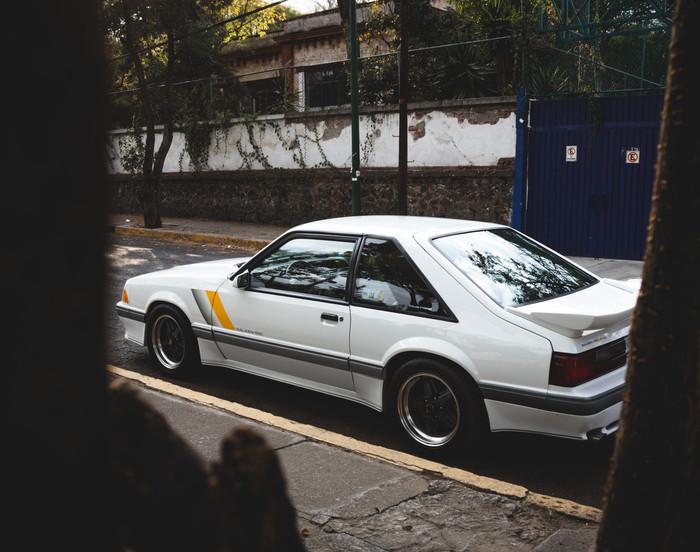 Saleen SSC 1989