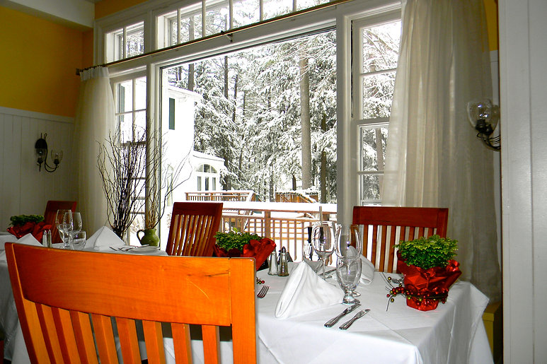 Dining Vintages Winter.jpg