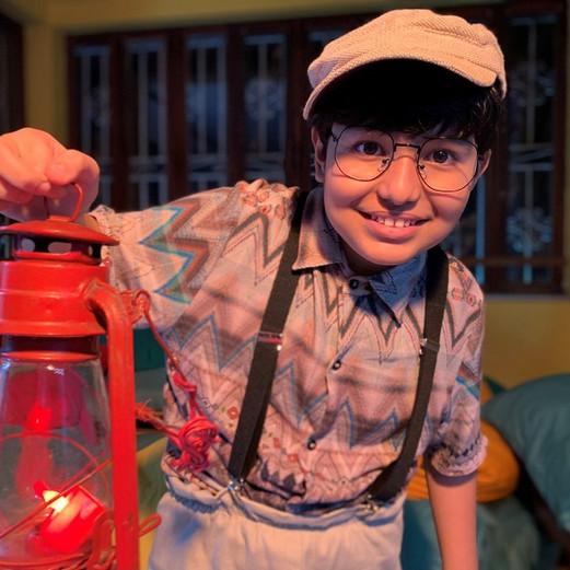 """Escola de Teatro Solar Meninos de Luz apresenta seu novo espetáculo """"A Misteriosa Luz da Casa Verde"""""""