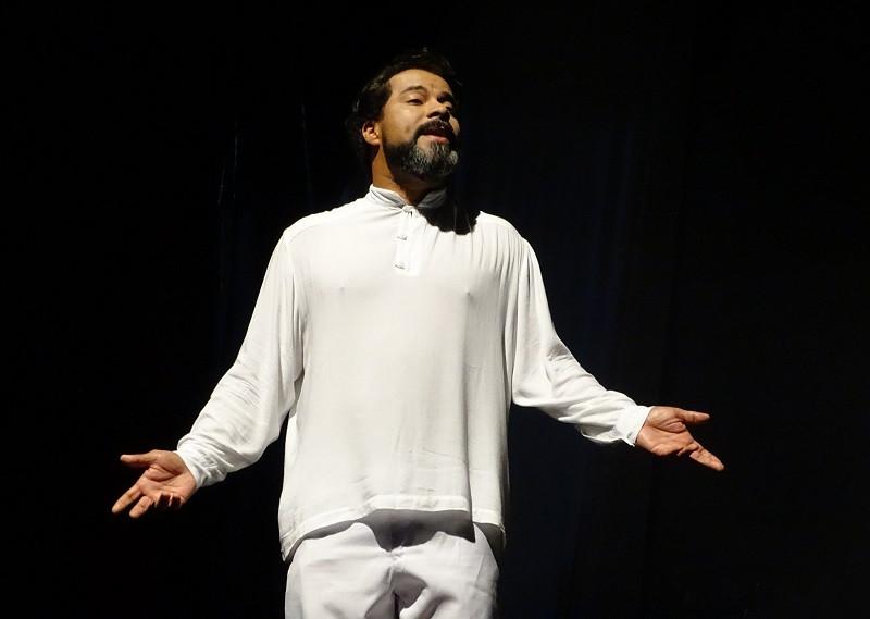Rogério Silvestre, que interpreta Gonzaguinha (Foto: Marcelo Castello Branco)