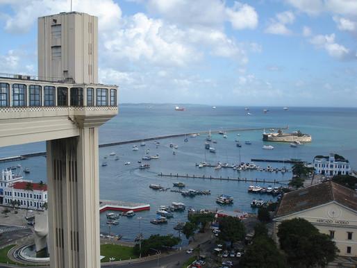 """Coluna """"Turismo"""": Salvador"""