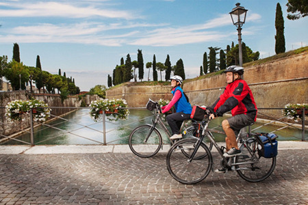 "Coluna ""Turismo"": Itália (Vêneto)"