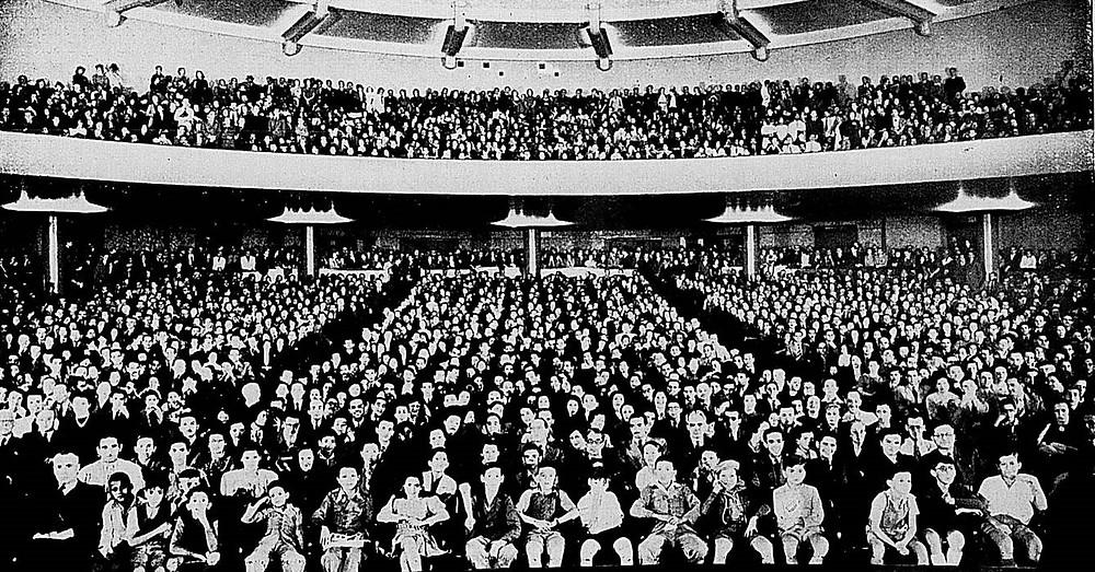 Inauguração do Cinema Roxy, em Copacabana