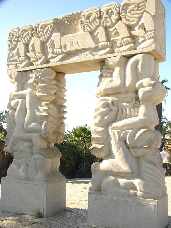 Estátua da Fé, em Jaffa, Israel