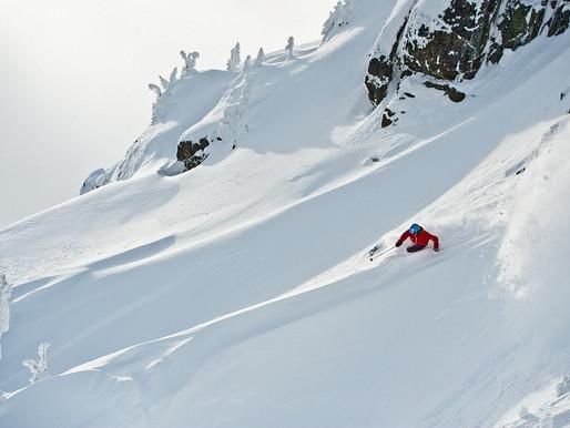 """Coluna """"Turismo"""": Canadá (pistas de esqui)"""