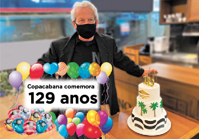 Fernando Reski e um dos bolos da comemoração (Foto: Horácio Magalhães - Sociedade Amigos de Copacabana)