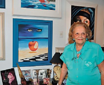 Aos 86 anos, copacabanense Ione Almeida reinventa sua forma de produzir arte