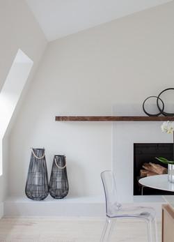 Sacha Jacq Interiors - Dining Room - Photo Credit: Michael Lee Photography