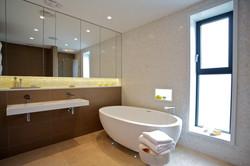 Sacha Jacq Interiors - Modern Master Bathroom