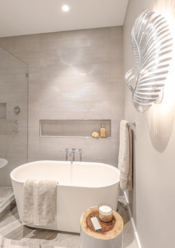 Sacha Jacq Interiors - Primary Bathroom 2