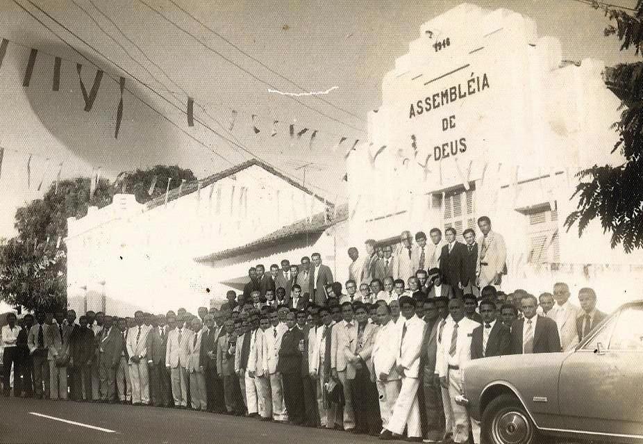 Pastores no templo central - anos 70