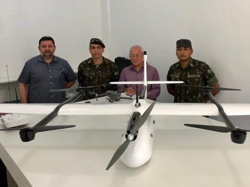 Visita  dos Oficiais  do 4º Centro de Geoinformação do Exército de Manaus