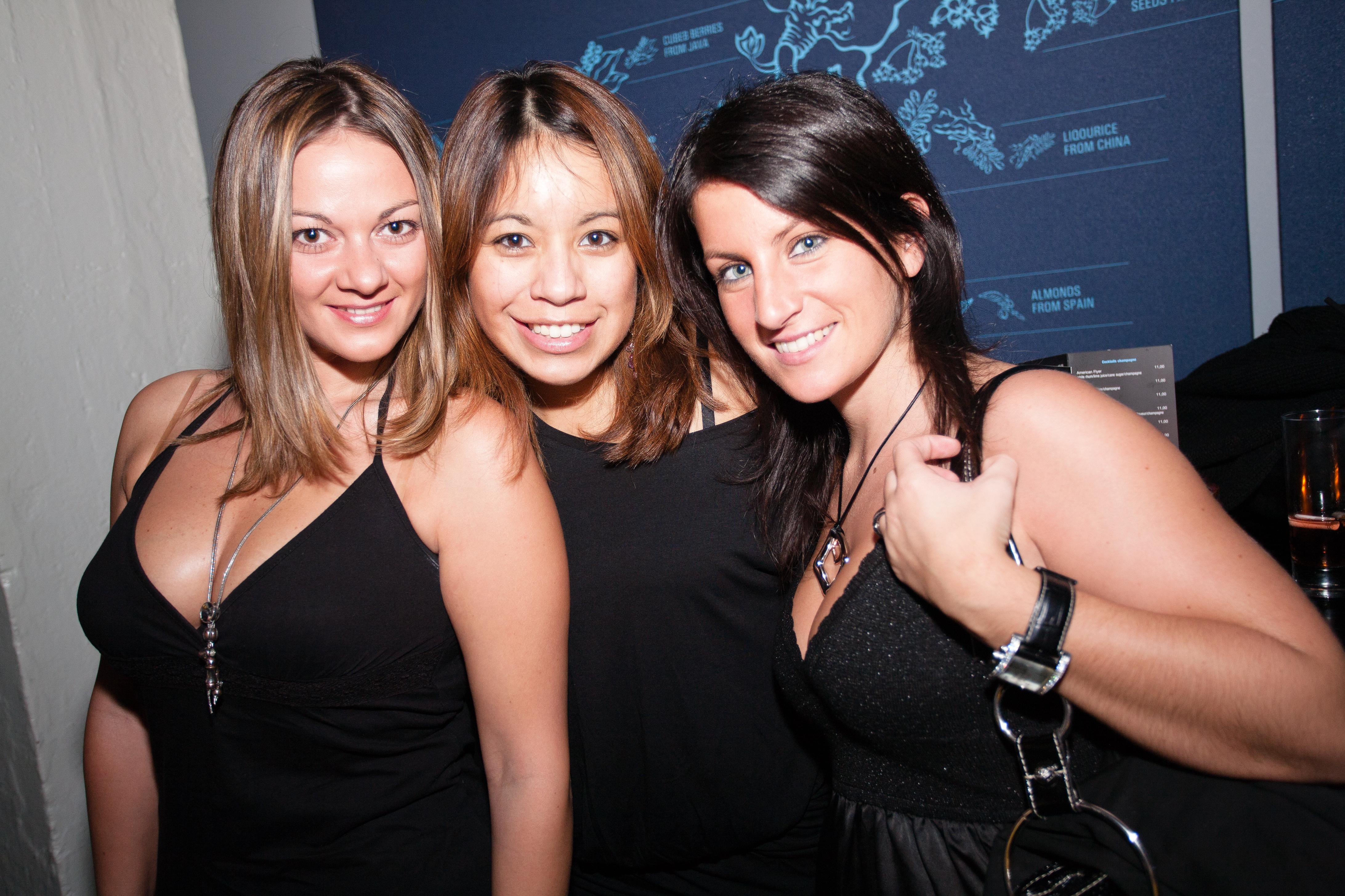 20101030-italian-luxury-night-axess-190.jpg