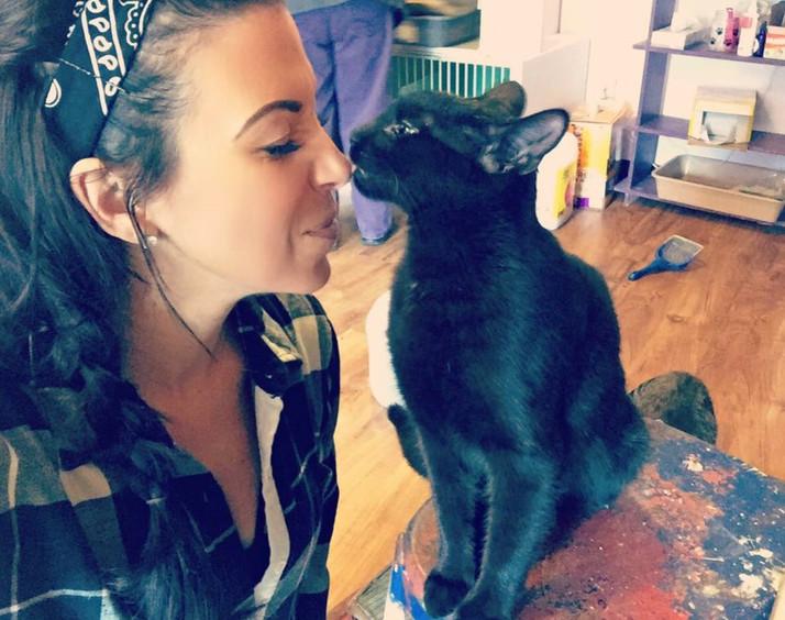 Kitty kissses at H.O.P.E Animal Rescue