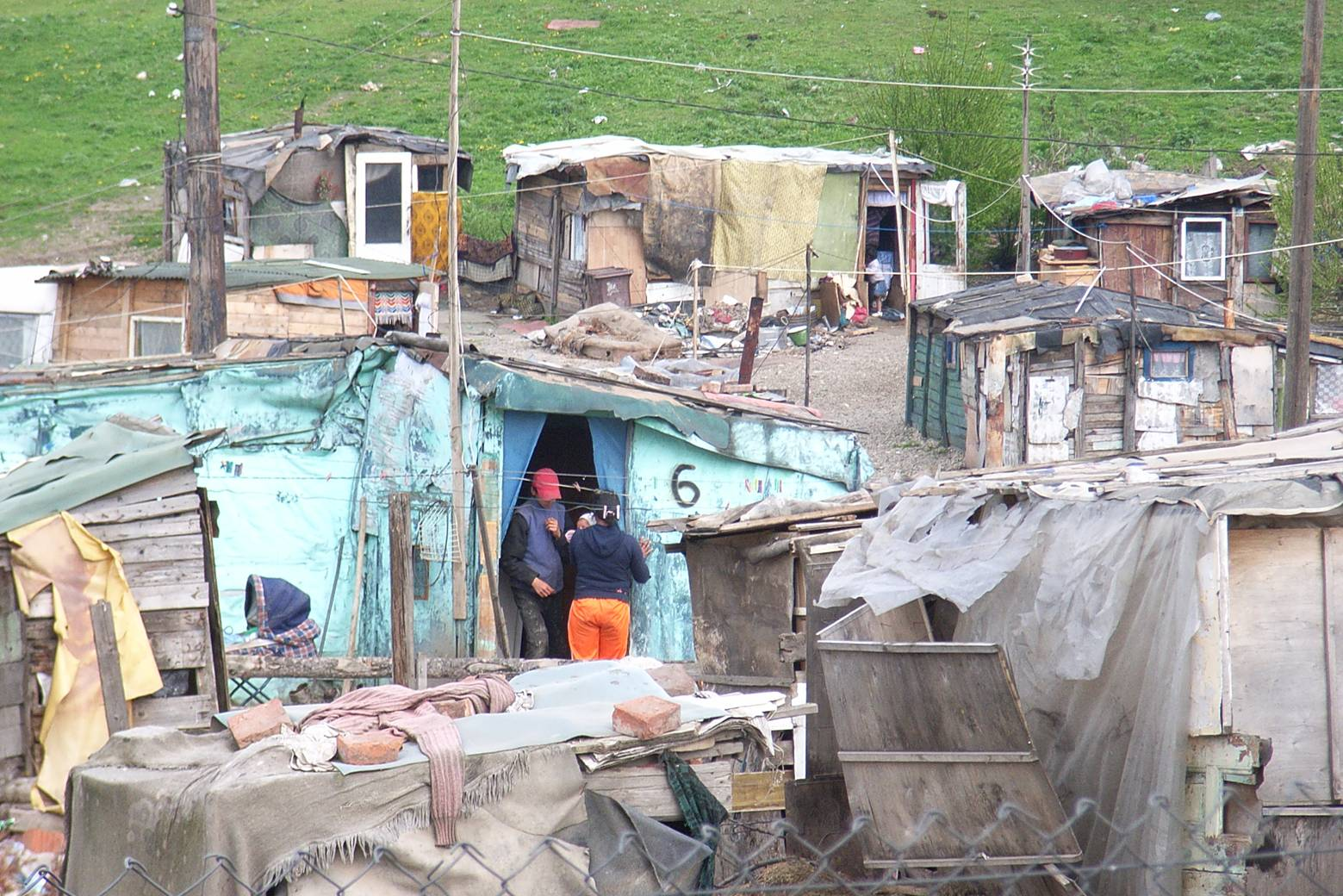 Bulgarian+Gypsy+Homes
