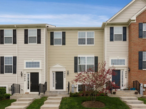 4022 Pompton Court, Elgin