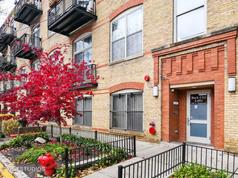 1740 N. Maplewood Avenue #404, Chicago
