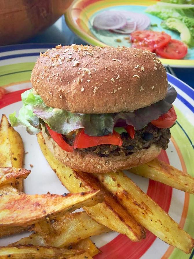 The Easiest 3-ingredient Black Bean Burgers Ever