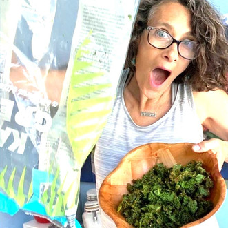Perfect Oil-Free Air-Fried Kale Chips