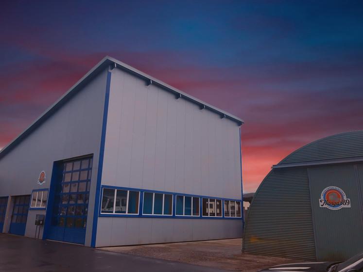Hangar 89