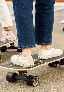 Woman Surf skate.jpg