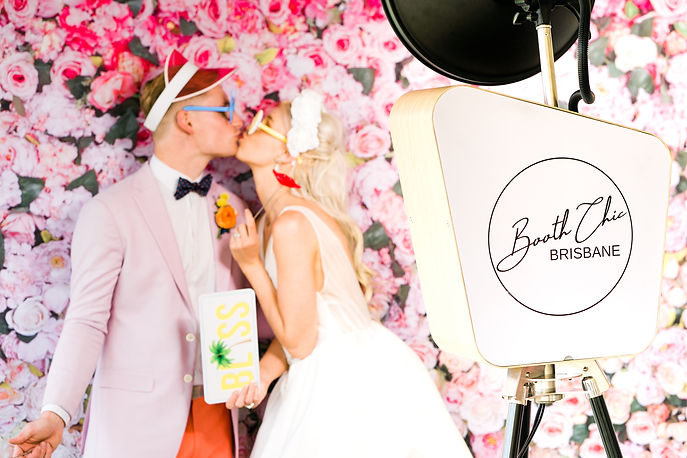 Brisbane Marriage Celebrant, Rowena Travi of Celebrant Chic Brisbane offers packages with a Photo Booth: Booth Chic Brisbane