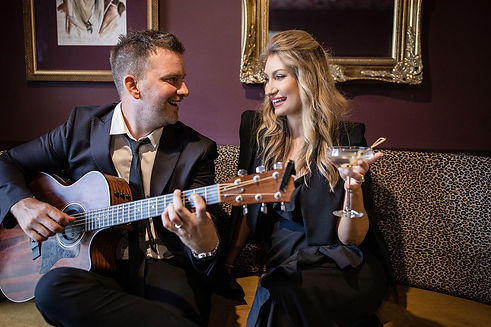 Brisbane Marriage Celebrant, Rowena Travi of Celebrant Chic Brisbane offers packages with Music: Martini 2 Duo