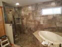 Bathroom_TubShower.jpg