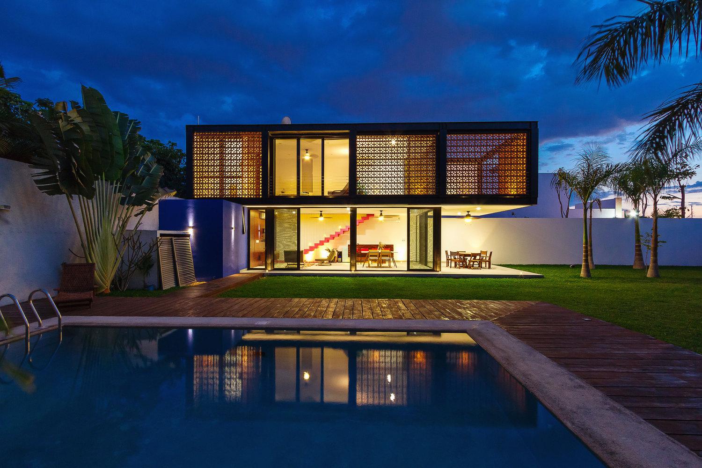 Casa Prefabricada de aço e vidro