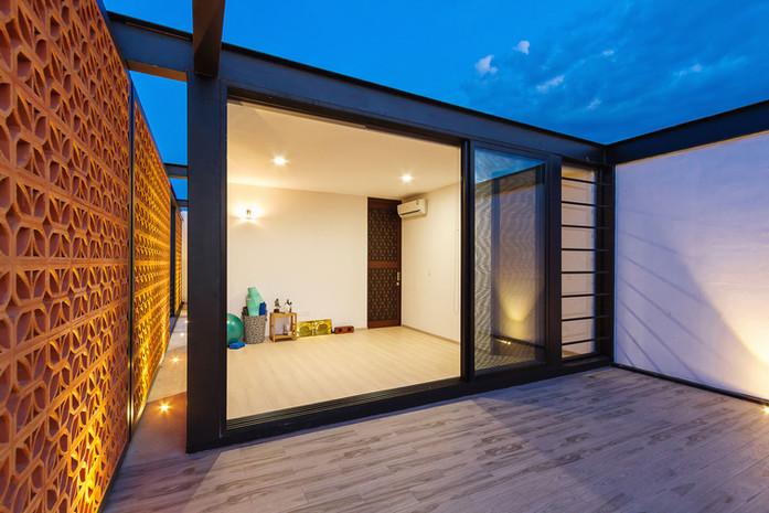 casa prefabricada de aco e vidro 03.jpg